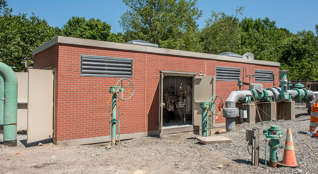 Spectra Needham Regulator Station Construction